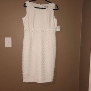 Vanilla Ice sleeveless knee length dress.